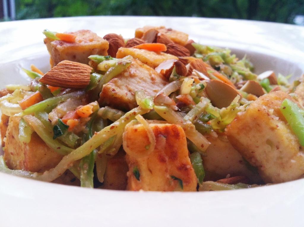 Almond Butter Broccoli Stir Fry | Hummusapien